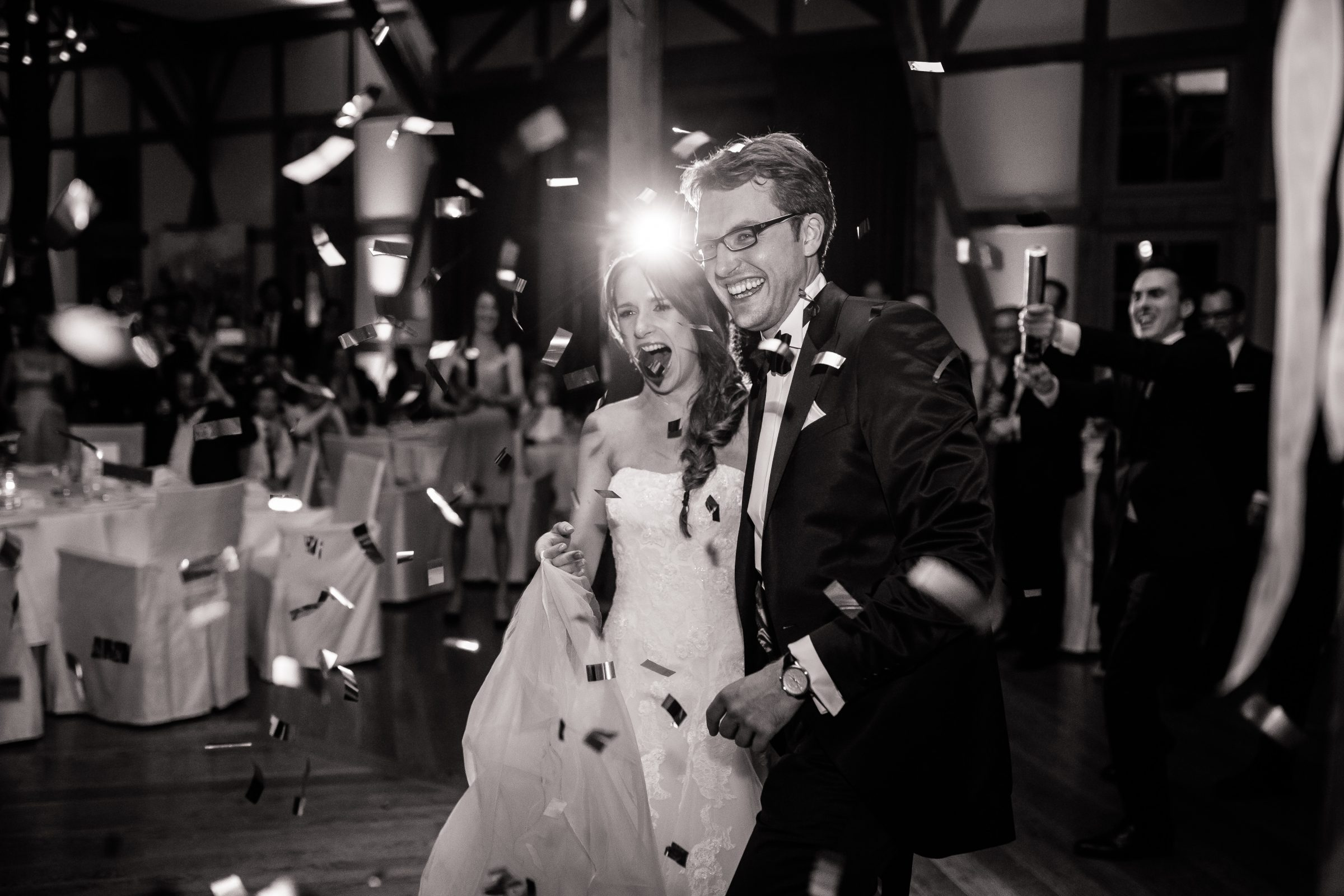 """Der """"Tanzflächenmagnet"""" & der Hochzeits-DJ"""