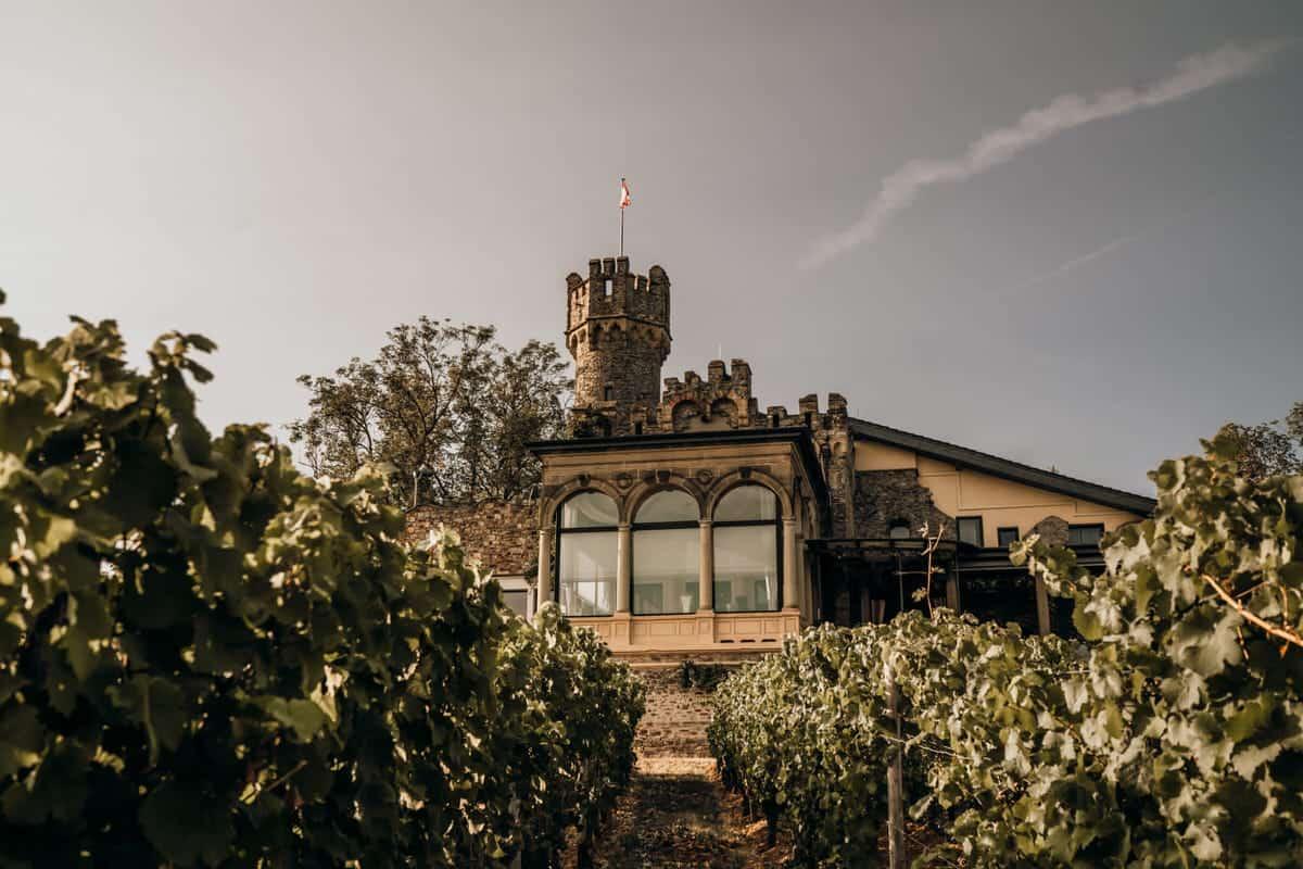 Burg Schwarzenstein - Traumhaft schön heiraten