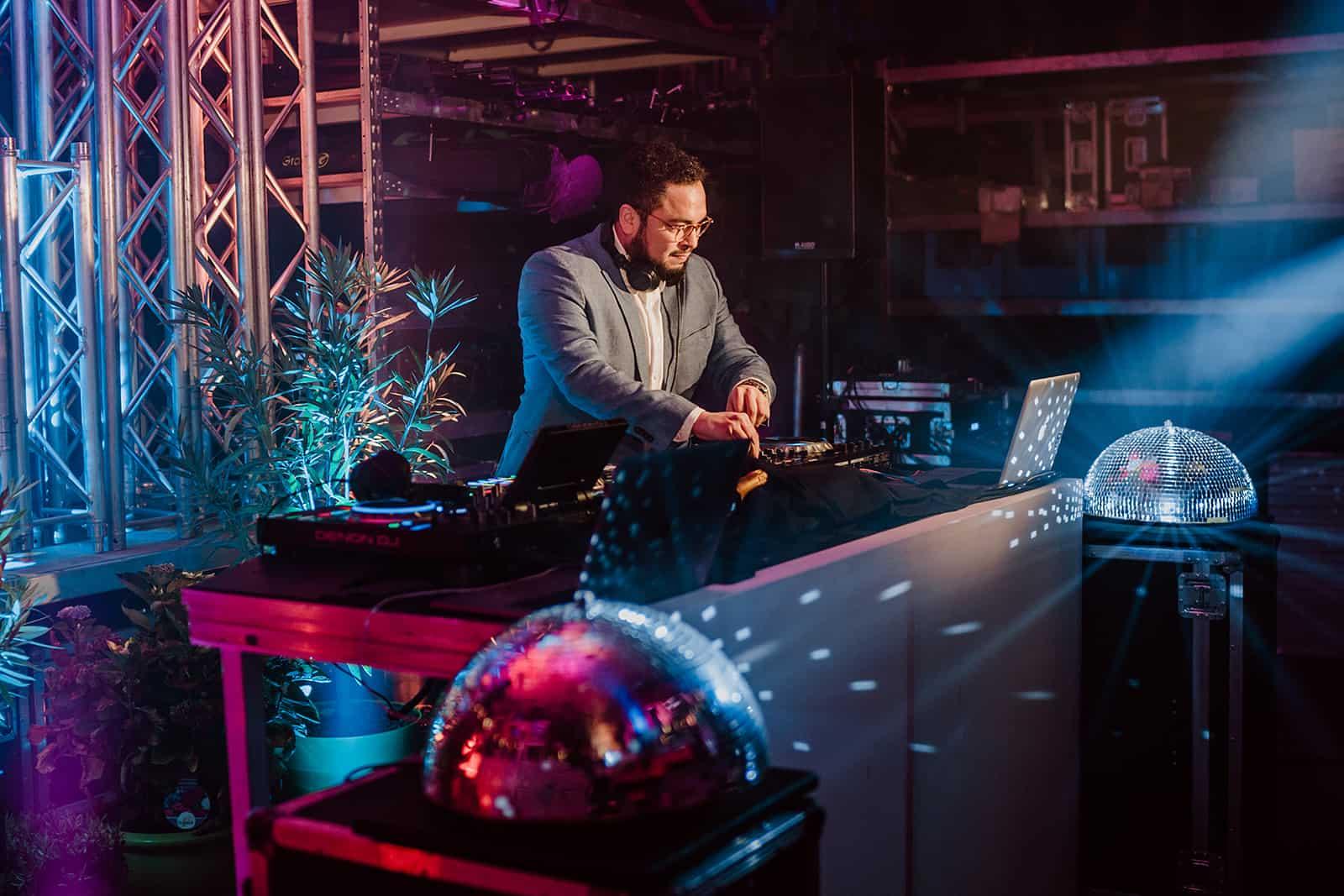 Event-DJ-Livestream-Party