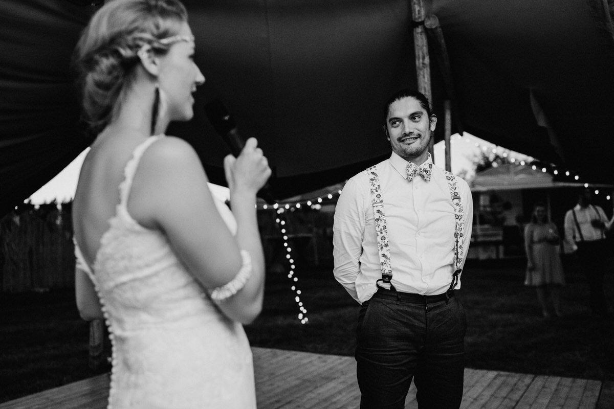 Hochzeit-Tipi-Garten-Hochzeit